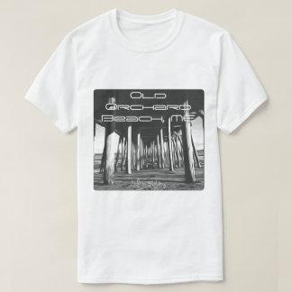 Kundengebundenes Schwarzweiss-Foto unter OOB Pier! T-Shirt
