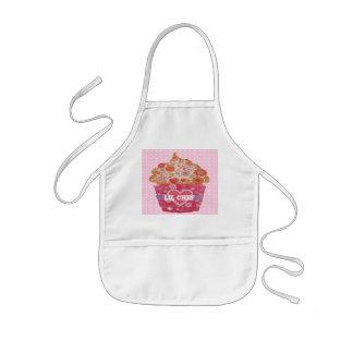 Kundengerechter kleiner Kuchen und Tupfen Kinderschürze