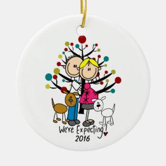 Kundenspezifische erwartungsvolle Paare mit Rundes Keramik Ornament
