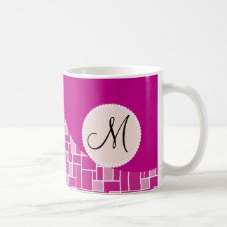 Kundenspezifische Monogramm-Initialen-magentarote Tasse