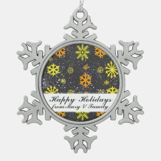 Kundenspezifischer Farbhintergrund auf dieser Schneeflocken Zinn-Ornament