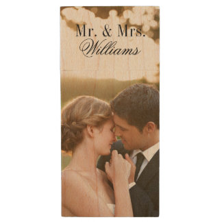 Kundenspezifischer Hochzeits-Foto-Monogramm Holz USB Stick