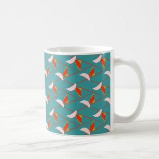 Kunst-Deko-Farben auf klassischer Tasse