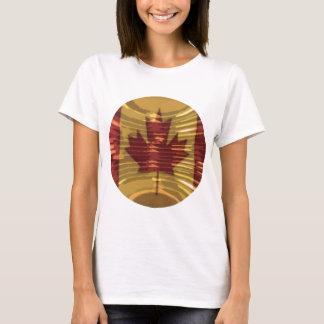 Künstlerische kanadische Karte und MapleLeaf T-Shirt