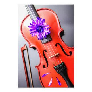 Künstlerische poetische Violine mit violettem Photo Drucke