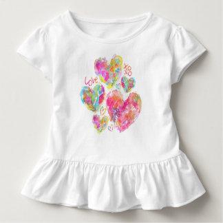 Künstlerisches Herz-Baby-Rüsche-Shirt Kleinkind T-shirt