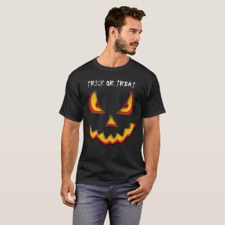 Kürbistrick oder -Leckerei T-Shirt