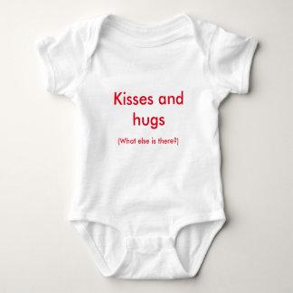 Küsse und Umarmungen Baby Strampler