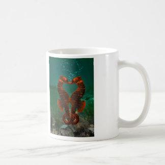 Küssen der Seepferde Kaffeetasse