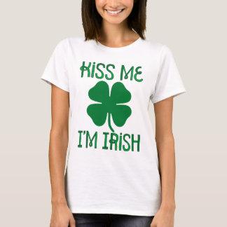 Küssen Sie mich, den ich irischer T - Shirt bin