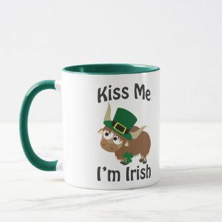 Küssen Sie mich, den ich irisches Yak bin Tasse