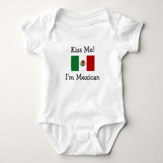 Küssen Sie mich! Ich bin mexikanisch Baby Strampler