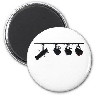 La lumière noire d'étape silhouette l'appareil pho magnets pour réfrigérateur