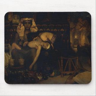 La Tadema-Mort de Lawrence du fils d'aîné de phara Tapis De Souris