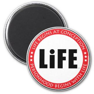 La vie commence à la conception magnet rond 8 cm