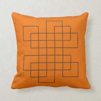 Labyrinth-Orange Kissen