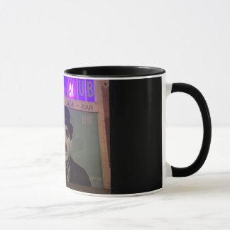 Lächeln Sie, weil Charlie so 11 Unze-Kaffee-Tasse Tasse