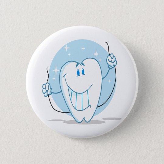 Lächelnde Zahn-Cartoon-Charakter-immer Runder Button 5,7 Cm