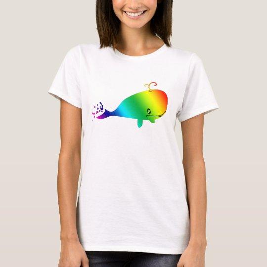 Lächelnder Regenbogen-Wal mit Blasen T-Shirt