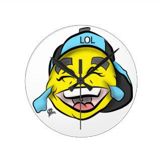Lachen heraus lautes Emoji Runde Wanduhr
