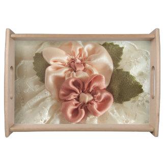 Lachsrosa-und Pfirsich-Blumen Tablett