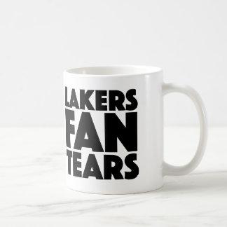 Lakers-Fan zerreißt Tasse