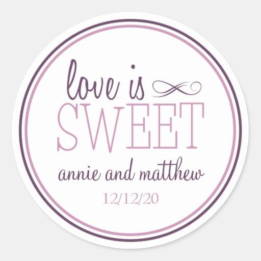 L'amour est les étiquettes doux (prune pourpre/vio adhésif rond