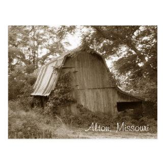 Ländliche verlassene Missouri-Scheune Postkarte