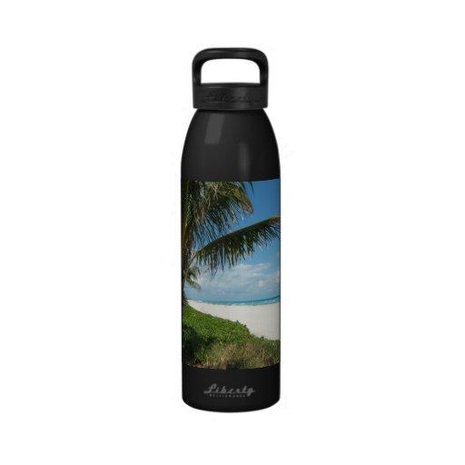 Landschaftlicher Strand, Seitenpalmen-Niederlassun Wiederverwendbare Wasserflaschen
