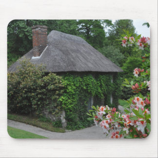 Lanhydrock Hütte Mousepad