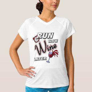 Lassen Sie jetzt Wein-später - Meister SS laufen T-Shirt