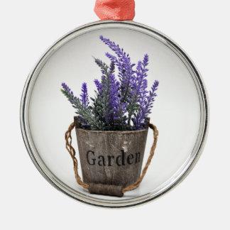 lavander rundes silberfarbenes ornament