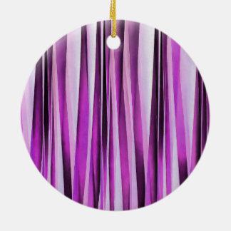 Lavendel-, Iris-und Trauben-Stripy Muster Rundes Keramik Ornament