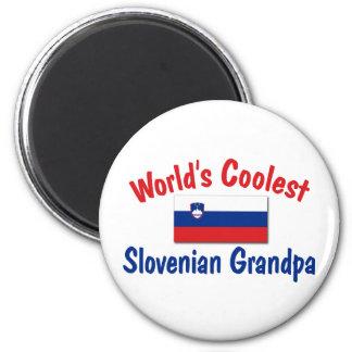 Le grand-papa slovène le plus frais magnet rond 8 cm
