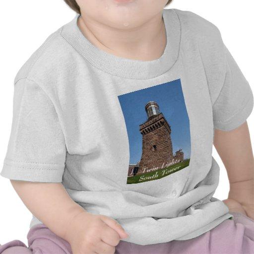 Le jumeau allume l'habillement de bébé t-shirts