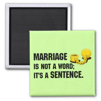 Le mariage n'est pas un aimant de mot