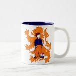Le Néerlandais traditionnel néerlandais obstrue la Mugs À Café