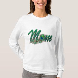Le paon de maman fait varier le pas des T-shirts