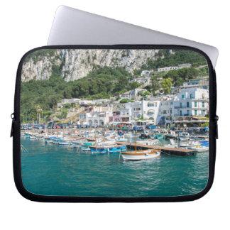 Le port de l'île rêveuse de Capri Protection Pour Ordinateur Portable