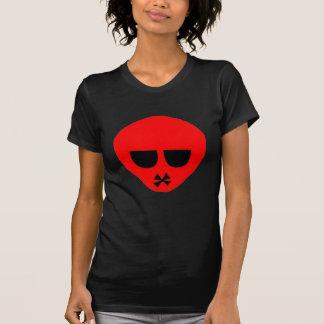 le T-shirt d'emo des femmes rouges de tête