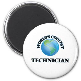 Le technicien le plus frais du monde magnet rond 8 cm