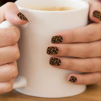 Leopard-Druck mit Steigungs-Gold Minx Nagelkunst