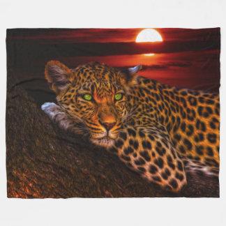 Leopard in der Mondschein-Fleece-Decke, groß Fleecedecke