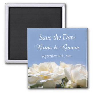 les belles fleurs de rose blanc sauvent le mariage magnet carré