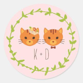 Les chats lunatiques de forêt rougissent mariage sticker rond