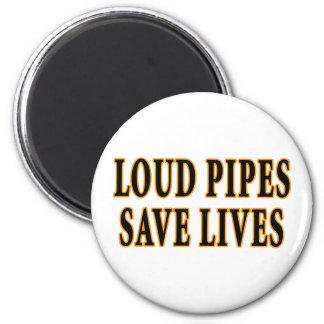 Les tuyaux bruyants sauvent les vies magnet rond 8 cm
