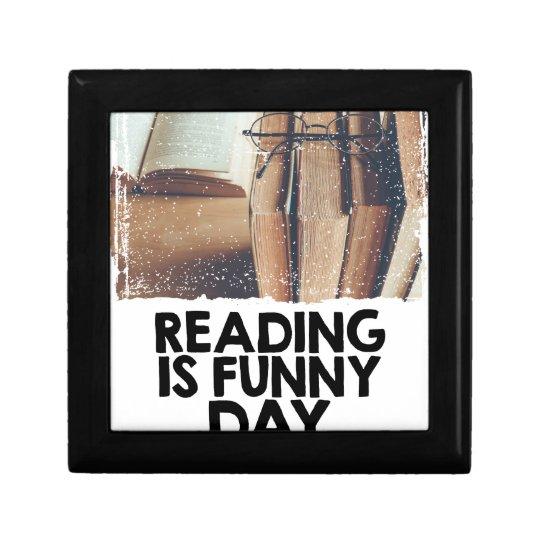 Lesung ist lustiger Tag Kleine Quadratische Schatulle