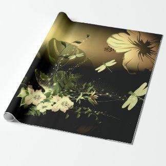 Libelle mit Blumen Einpackpapier