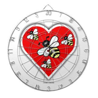 Liebe-Bienen (vier Bienen innerhalb des roten Dartscheibe