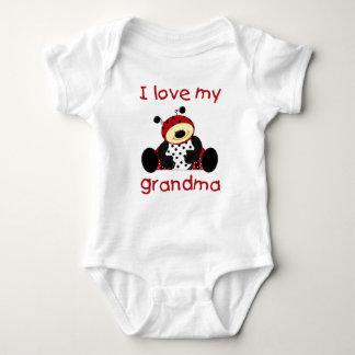 Liebe I meine Großmutter (Jungenmarienkäfer) Babybody